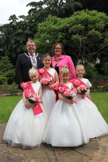 Mayor and mayoress meet Whaley's royalty